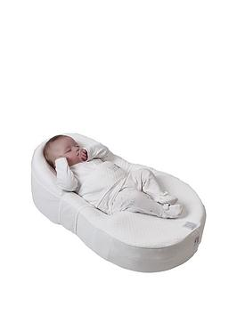 cocoonababy-with-fitted-sheet