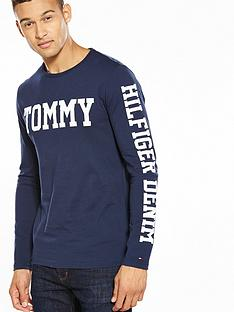 tommy-jeans-tommy-hilfiger-denim-long-sleeve-tommy-logo-tee
