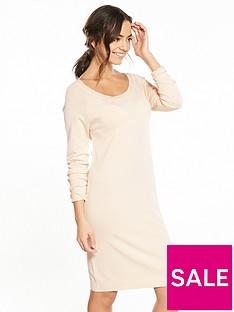vila-nouri-boat-neck-dress