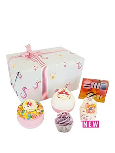 bomb-cosmetics-bomb-cosmetics-sprinkle-of-magic-gift-set