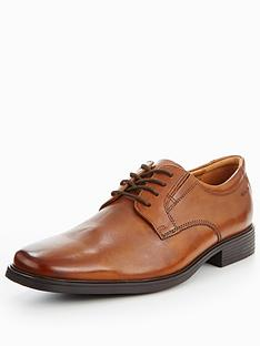 clarks-tilden-plain-lace-up-shoe