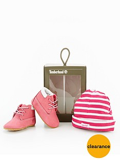 timberland-crib-bootie-with-hat