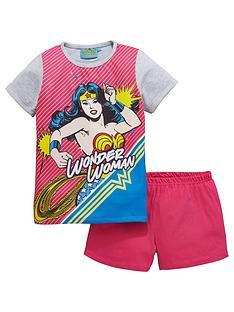 wonder-woman-shorty-pyjamas