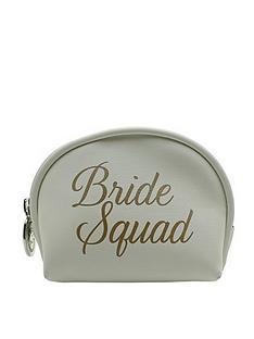 danielle-creations-damsel-in-d-stress-wedding-essentials-bag
