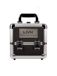 nyx-professional-makeup-artist-train-case-beginner