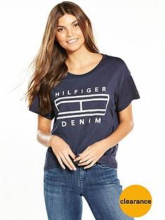 tommy-jeans-short-sleevenbsplogo-t-shirt-total-eclipse