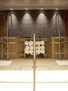 virgin-experience-days-luxury-spa-day-with-lobster-lunch-and-bottle-of-champagne-for-two-at-5athenaeum-hotel-mayfair
