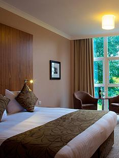 virgin-experience-days-one-night-lincolnshire-escape-with-dinner-for-two-at-the-humber-royal-hotel