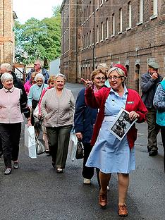 virgin-experience-days-call-the-midwife-tour-at-the-historic-dockyard-chatham-for-two
