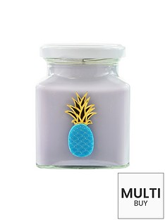flamingo-candles-pineapple-and-coconut-candle