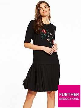 yas-merian-embroidered-dress-black