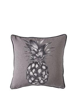 gallery-monochrome-pineapple-cushion