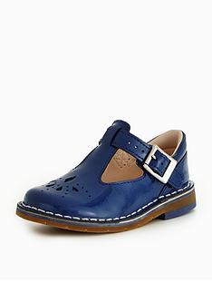 clarks-yarn-weave-first-shoe
