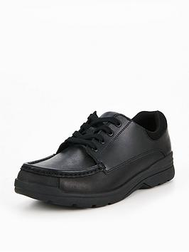 clarks-loris-step-shoe