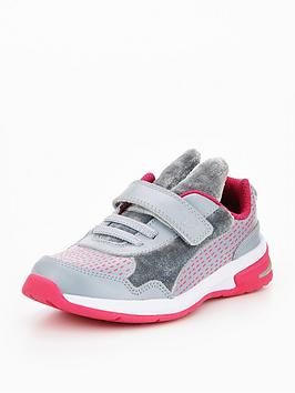 clarks-piper-hero-infant-trainer