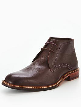 ted-baker-torsdi-4-leather-chukka-boot