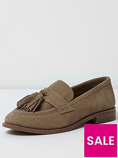 river-island-tan-front-tassle-loafer