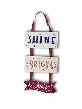 arthouse-girls-life-wooden-hanging-sign