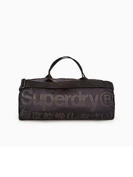superdry-trackmaster-barrel-bag