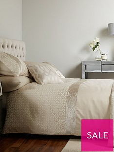 ideal-home-pvienna-velvet-panel-geo-duvet-cover-setnbspp