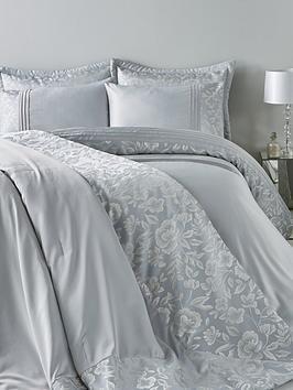 bella-floral-jacquard-duvet-cover-set