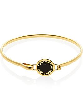 marc-jacobs-black-enamel-logo-disc-hinge-bracelet-gold-plated