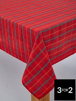 tartan-christmas-tablecloth--nbsp52-x-90-inches