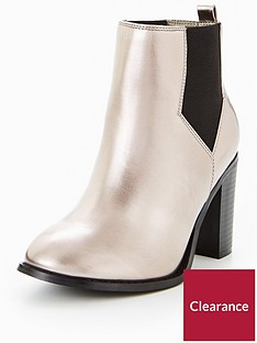 9ac7cd428d2 V by Very Penny Extra Wide Fit Heeled Chelsea Boot Metallic