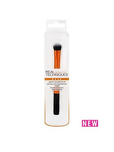 real-techniques-expert-concealer-brush