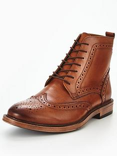 kg-boston-brogue-boot