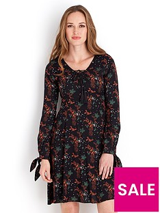 joe-browns-staggering-dress