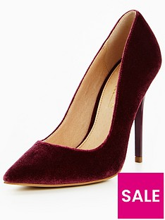 office-velvet-court-shoe