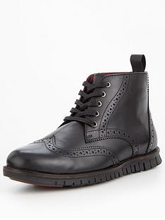 unsung-hero-kaeler-5-eyelet-boot-black