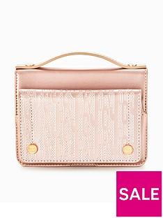 juicy-couture-wallet-crosbody-bag