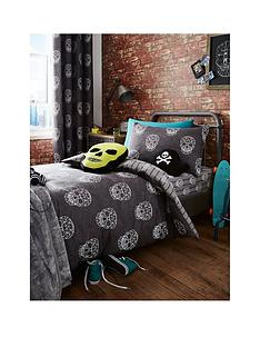 catherine-lansfield-skulls-double-duvet-cover-set