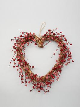 heart-shaped-berry-christmas-wreath