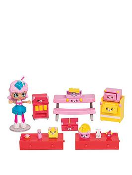 shopkins-happy-places-shopkins-happy-places-welcome-pack-hungry-puppy-cafeteria