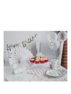 styleboxe-sprinkles-luxury-birthday-party-decorations-set-up-to-8-guests