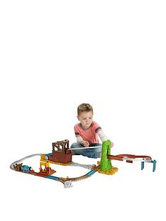 thomas-friends-trackmaster-scrapyard-escape-set
