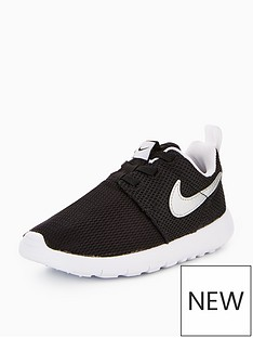 nike-roshe-one-infant-trainer