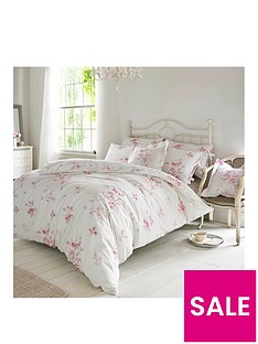 holly-willoughby-olivia-raspberry-100-cotton-200-thread-countnbspduvet-cover