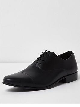 river-island-raynes-toecap-perf-shoe