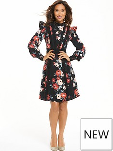 myleene-klass-printed-ruffle-sleeve-tea-dress