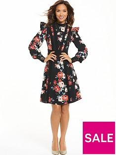 myleene-klass-printed-ruffle-sleeve-tea-dress