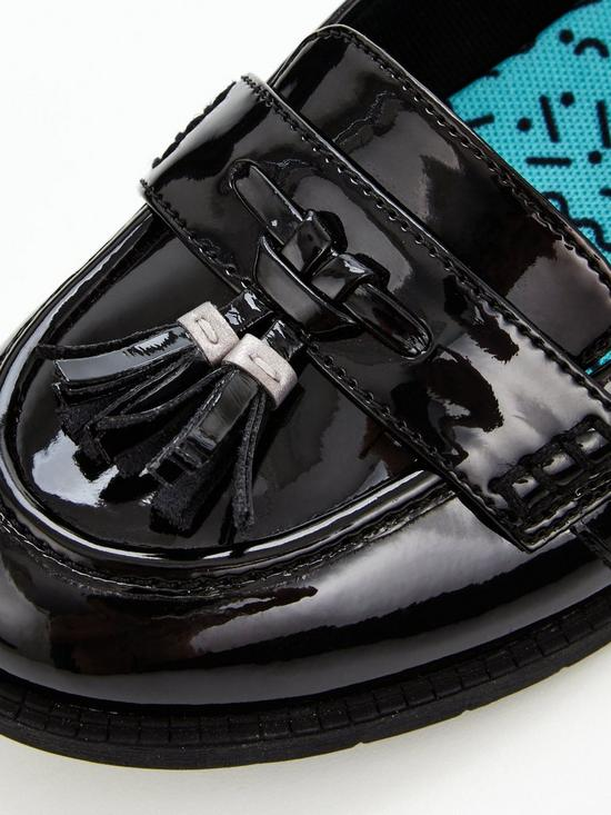 5e5ba31e985 ... Clarks Preppy Edge Junior Shoes - Black Patent   Previous   Next. 2  people are looking at this right now.