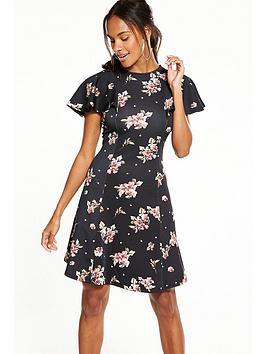V By Very Angel Sleeve Printed Dress