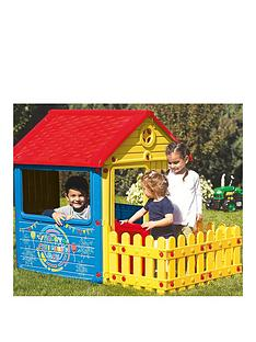 dolu-city-house-with-fence