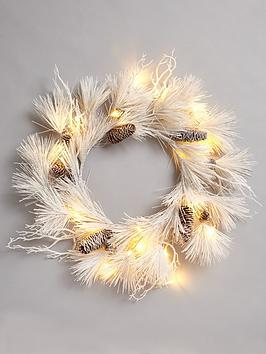 frosted-lit-wreath