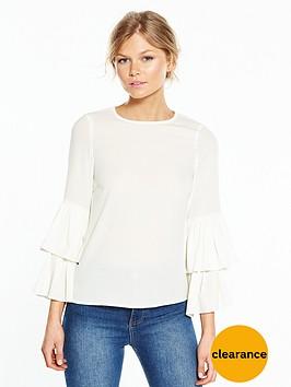 vero-moda-petite-dellie-tiered-sleeve-top