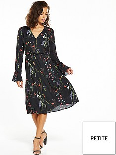 vero-moda-petite-florence-bell-sleeve-dress